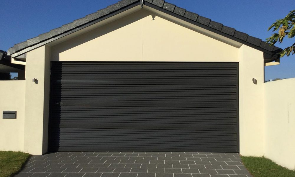 Aluminium-Louvred-Sectional-Door